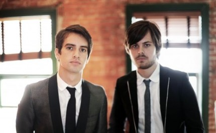 Panic-At-the-Disco-Promo-430x264